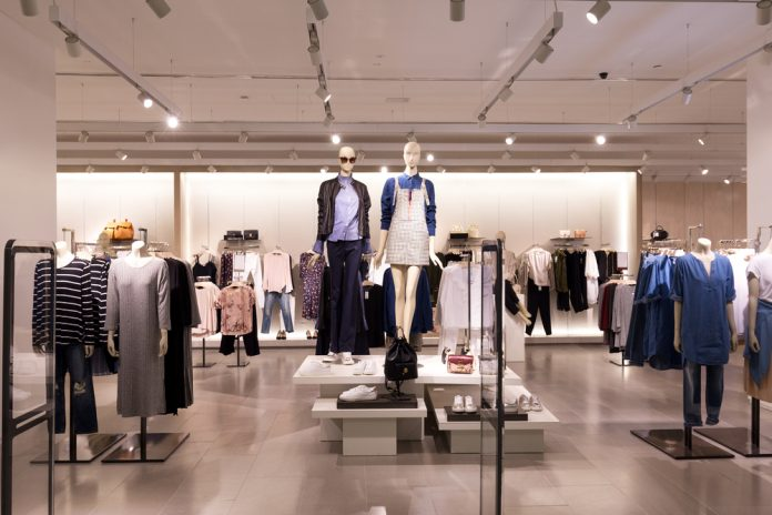 Open a Profitable and Sustainable Fashion Clothing Store